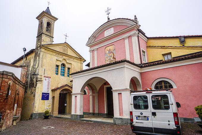 バローロ教会とサン・タゴスティーノ教会