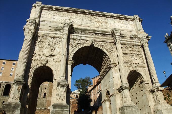 フォロ・ロマーノ(セプティミウス・セウェルスの凱旋門)